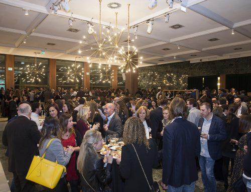Más de 550 personas celebran la Cena de Navidad